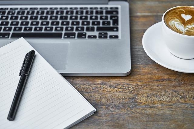 Coworking für Deine Über-mich-Seite. Hole Dir einen Kaffee dazu.